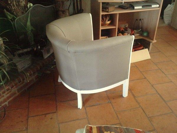 fauteuil tonneau apr s. Black Bedroom Furniture Sets. Home Design Ideas