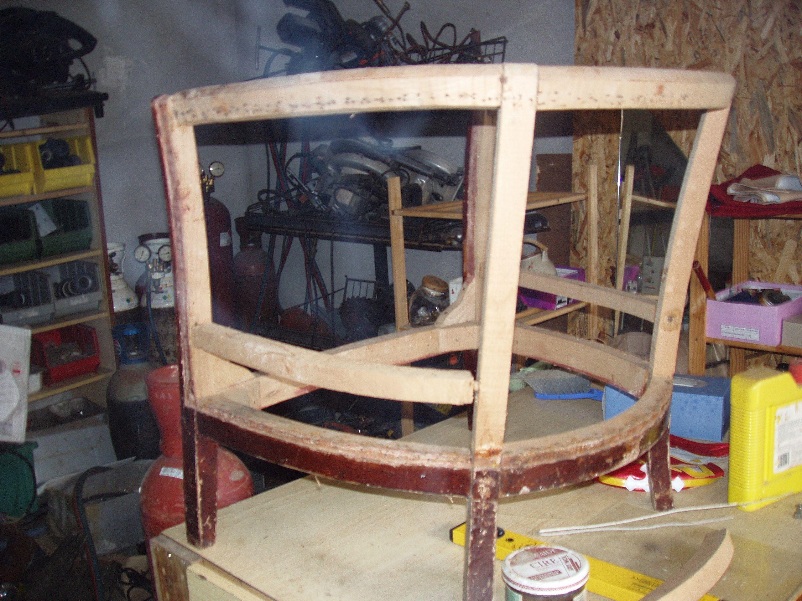 fauteuil tonneau avant refection. Black Bedroom Furniture Sets. Home Design Ideas